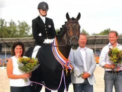Huldiging winnaar Pavo Cup Amazing Star